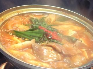 本場ソウルの味 味家 - 自家製白菜キムチの酸味とピリ辛が堪らない味家のキムチチゲ