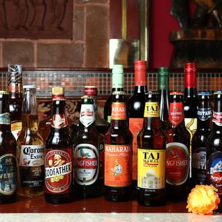 ドリンクもインド一色!ビール、ワイン、ラッシーなど陽気に乾杯
