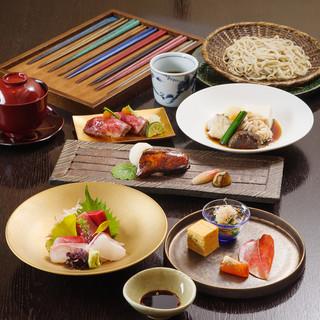 日本の旬を披露いたします。器やお箸の美もご堪能下さい♪