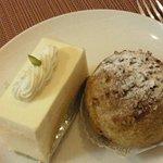 9740277 - レアチーズケーキ・シュークリーム