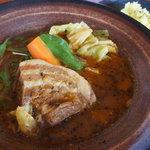 カレーのふらのや - 角煮スープカレー(マニアックスープ