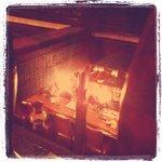 珈琲館 南蛮茶 - 2階席から見下ろしたカウンター。素敵です^^