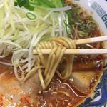 竜宮ラーメン - 麺リフト〜