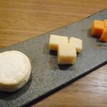 TOKYO SAKE DEPARTMENT - チーズ3種