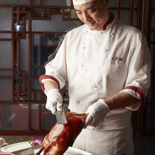 本場北京全聚徳と同じ調理方法で専門調理師が提供する北京ダック