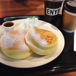 ELK NEW YORK BRUNCH - プレーンパンケーキ2pieceドリンクセット♡¥1150