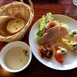 アマルフィ - フェリーチェランチの前菜