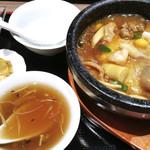 Shinsouen - 石焼き海鮮チャーハン