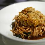 97424116 - 上海蟹みそのせ 葱油拌麺(ばんめん)