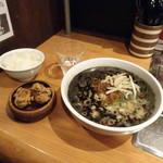 ニク マッスル スグル - 担々麺黒セット980円
