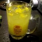 海鮮居酒屋 魚竹水産  - ヒラミレモンサワー
