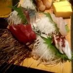 海鮮居酒屋 魚竹水産  - 刺身盛り三点盛り→五点盛りへサービス