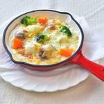 カフェ テロワール - 地元野菜の八幡芋とチキンのチーズたっぷりマカロニグラタンです。