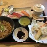 97453152 - アメゴ寿司定食。寿司、天ぷら、蕎麦、茶わん蒸し。
