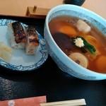 うどん・そば吉野 - のっぺいうどん焼き鯖寿司セット