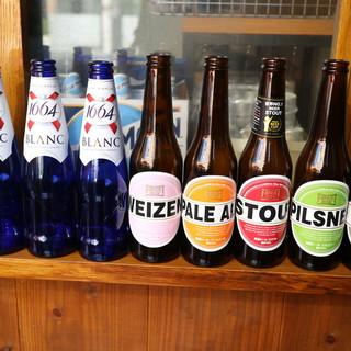季節ごとにクラフトビール約10種、ヨーロッパワインをご用意