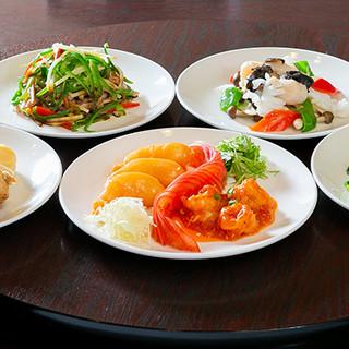 本場の中華料理を満点のボリューム&お値打ち価格でご提供!