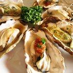 かき松島 こうは - 料理写真:「殻付きカキ3種盛り」仙台みそ・バター醤油・ガーリックなどが人気です!
