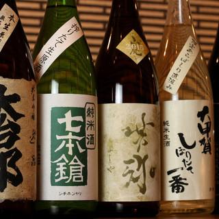 日本酒は常時40種以上!滋賀の地酒から全国の銘酒まであり〼