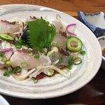 お食事処 淡海 - 料理写真:鯛のタタキ、綺麗な盛り付けですね