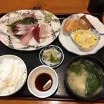 浜咲き - 刺身定食(700)