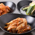 肉と韓国料理 たつりき - 自家製キムチ
