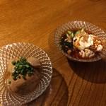 居酒屋 ぴょん吉 - あん肝生姜煮と白子ラー油ダレ