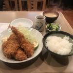 とん喜 - 揚げ物盛り合わせ定食