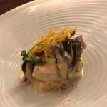レストラン ラリューム - 宮崎県産 太刀魚のポワレ インカの目覚めのピューレに乗せ