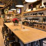 BEER BOUTIQUE KIYA - テーブル