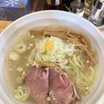 麺屋すずらん - 料理写真:鯛そば(塩だれ) 750円