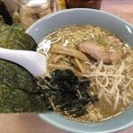 ラーメン菱和 - 料理写真: