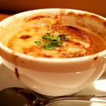 テンアンドハーフカフェ - オニオングラタンスープ