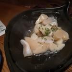 97505974 - 真珠貝柱陶板バター焼 610円