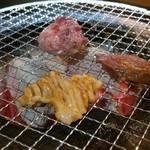 炭火焼肉 十一 -