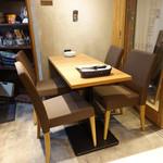 HARETOKE - ☆入口横のテーブル席(^◇^)☆