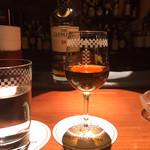オールドインペリアル バー - ザ・グレンリヴェット18年陳年。りんごっぽい風味。