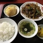 燕京 - 料理写真:焼肉定食=700円