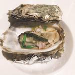 estY - 蒸し牡蠣の美味しいやつ