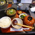 べにばな亭 - いも煮膳(1300円)