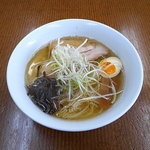 9754295 - ラーメン(縮れ麺)