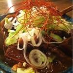 鉄板酒場 焼酎ミュージアム - どて煮。味は良いのにヌルい!