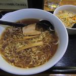 97557701 - らー麺セット(ラーメン+半炒飯)650円