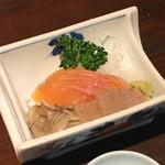 栃尾又温泉 自在館 - 料理写真:虹鱒のお造り