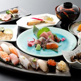 コース料理おすすめは「瑠璃コース」3,980円(税抜)