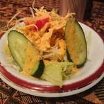 シャージ・パキスタンインドレストラン - ・Salad ドレッシング多めで割りと普通
