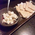 肴房 田 - 酒盗とクリームチーズ