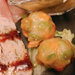キッチン タツヤ ストーリエ - お任せ前菜もりあわせ:枝豆とコーン