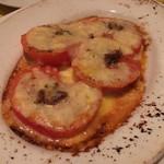 97590985 - トマトのチーズ焼き