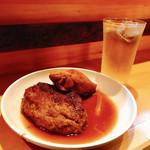 博多のおでん - 料理写真:『いわしつくね&ばくだん』しゃんにシュワシュワたい♪